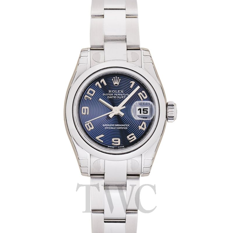 Product Image of 179160 Blue Arabic Oyster_@_GOV2ZG8O