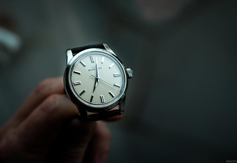 Grand Seiko SBGW231 Review: Your Elegant Stainless Steel Dress Watch