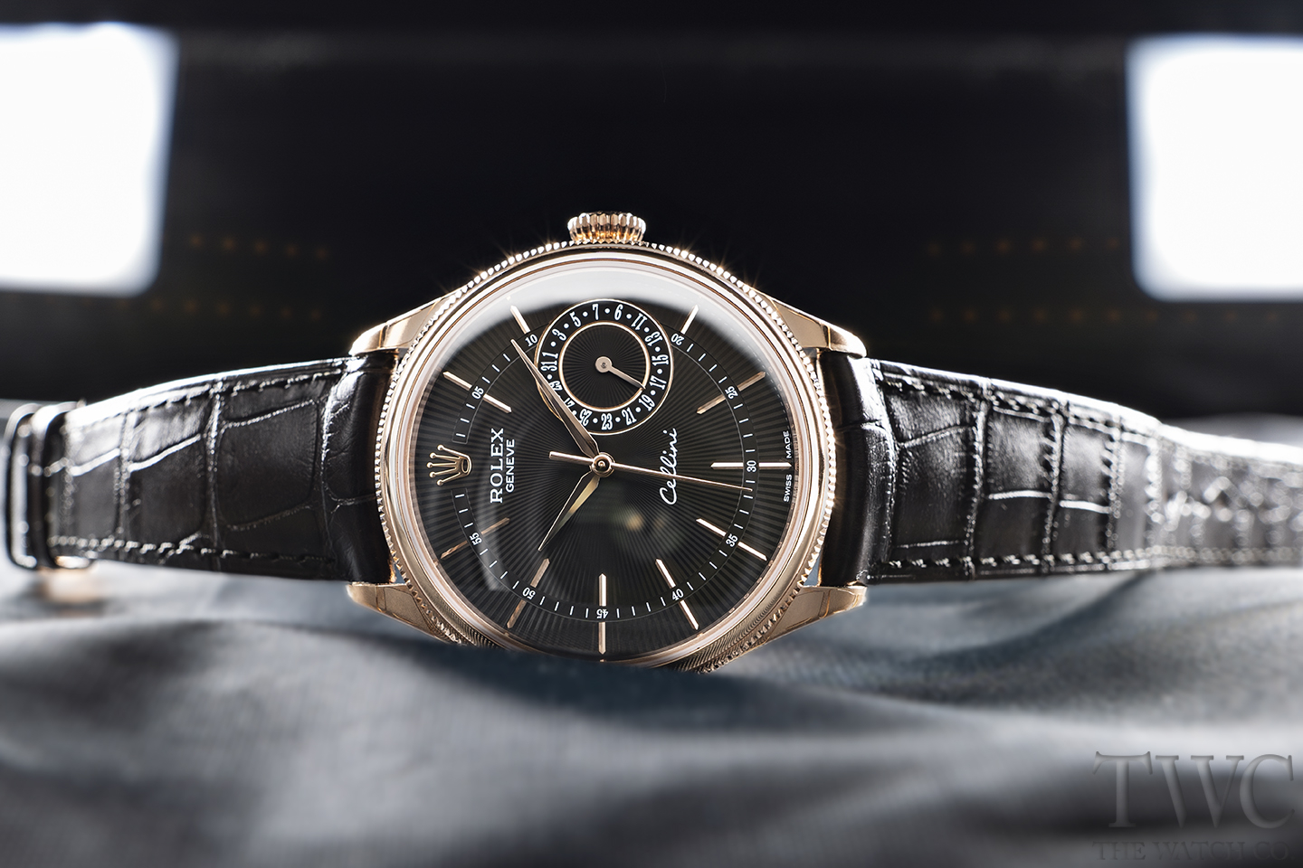 6 Awesome Dress Watches For Men That Would Look Great On You